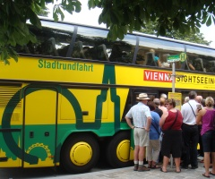 City sightseeing tours in Vienna: bus tours, Danube river cruises, carriage tours